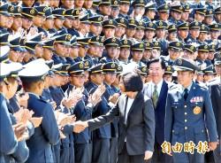 蔡總統:大刀闊斧改革 贏回國軍尊嚴