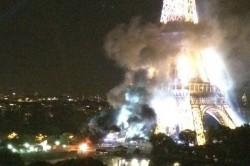 艾菲爾鐵塔冒濃煙 警方:與恐怖攻擊無關
