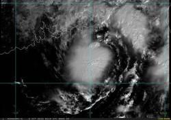 艾利颱風還在!鄭明典提醒:維持一定強度