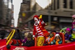 美國恐怖小丑潮蔓延 麥當勞叔叔走「低調路線」