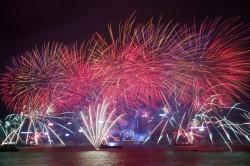 全球瘋跨年 各大城市接續邁入2017!