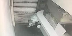 龜縮30公分狹縫中 慣竊被逮後竟嗆告警