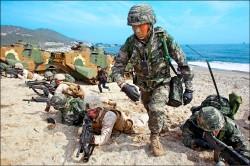 美韓軍演升級 無人機斬首金正恩