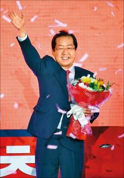 南韓大選民調 文在寅續領先