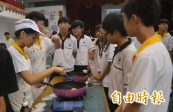 中平國中技藝成果展 學生開心展手藝