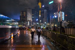 香港回歸20年 紐時:從模範城市變警世故事