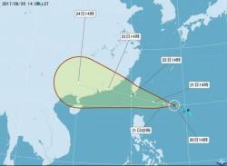 天鴿威脅台灣 鄭明典:外圍環流很強