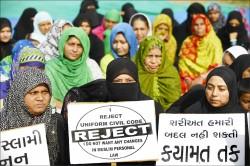 穆斯林念三遍「離婚」就能休妻 印度︰違憲