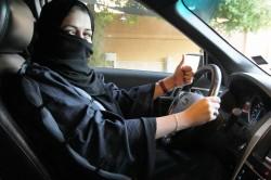 女運將上路!沙國解禁女生開車 140萬男司機超怕失業