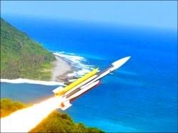 中科院執行「磐龍計畫」 雄三射程增至400公里