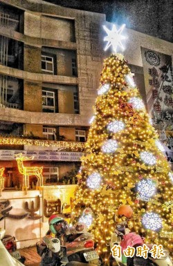 彰化3大耶誕樹燦爛絢麗 超夯打卡熱點