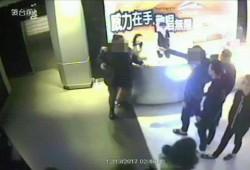 喝醉大鬧KTV櫃台 男子遭圍毆送醫