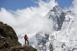 死亡風險高 尼泊爾禁單人、盲人攀登聖母峰