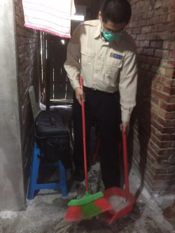 替代役幫忙清理家園 獨老感動:像孫子一樣