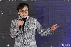 成龍23歲外甥低調參賽 《偶像練習生》背景最硬的是他