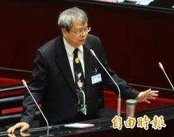 陳師孟第1槍瞄準2009年司法節謔扁劇 將約談王清峰