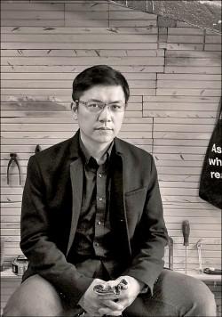 吳明益寫單車 交錯現實與回憶