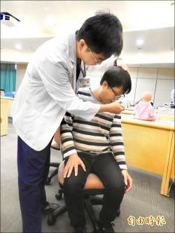 中風吞嚥困難 引發吸入性肺炎