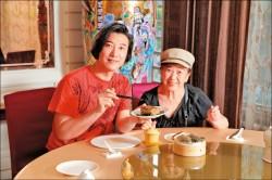 【名人「粽」感情】陳鴻「粽」情美食界 吃粽一解數十年的鄉愁