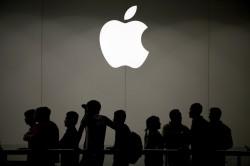 傳明年新iPhone全面用OLED 這家日商重挫21%...