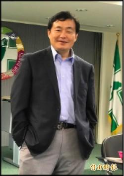 洪耀福酸吳「誅殺降將 有失厚道」 國民黨反譏「抹綠手法 層次太低」