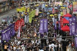 要求「結束一黨專政」 香港七一遊行5萬人上街