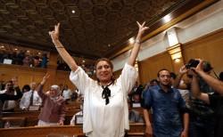 突尼西亞首都選舉 53歲製藥公司經理成首位女市長