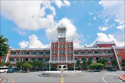 【教會高中賞建築】台南長榮中學 巴洛克風格簡約