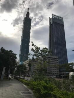 新完工南山廣場強勢來襲 101大樓租金仍往上拉高
