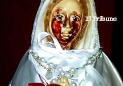 展現神蹟! 阿根廷聖母雕像流滿血淚