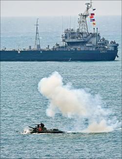 微型飛彈突擊艇 316億籌建60艘
