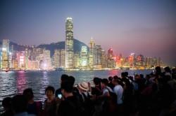 夾在美、中之間 香港經濟成貿易戰祭品