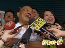 侯自稱不是政治人物 蘇貞昌:不要再偽裝是個素人