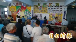 台南開始開票了  民眾湧進投開票所緊盯