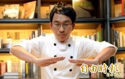 吳寶春麵包價高、員工薪低 他竟分析「這是好事」!