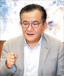 質疑突襲式判決 高志鵬將聲請釋憲︰恐龍法官應迴避