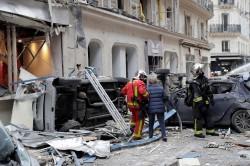 巴黎大爆炸至少20人受傷 麵包店「瓦斯外洩」釀禍