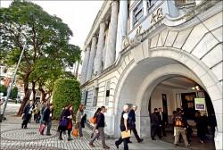 資深國安官員:香港左媒政治監控 緊盯港青行蹤