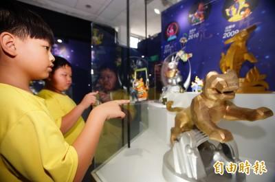 台灣燈會在屏東 帶老「豬」隊友提燈「回娘家」換好禮