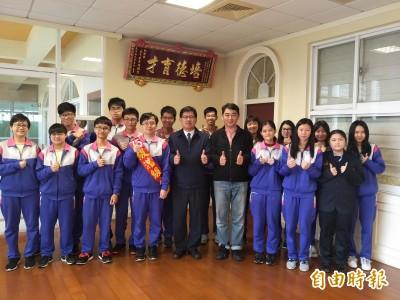 新興高中75級滿級分陳子頎 盼讀牙醫或藥學系