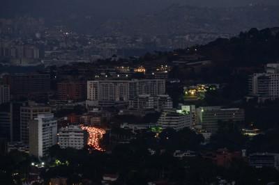 委內瑞拉大停電 超過1萬名洗腎患者陷入危機