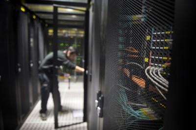 電信管理法初審 增訂國安條款