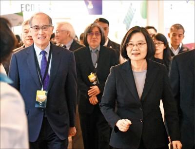 民進黨總統初選》蔡:專注政務不受影響