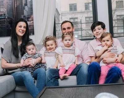 40多歲母嘗試4次試管嬰兒都失敗 13月內喜迎4個小孩