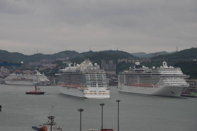 基隆港最大總噸位「三輪會」 3天估破萬遊客造訪