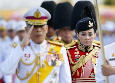 泰國新王后! 加冕儀式前3天 泰王證實第4度結婚