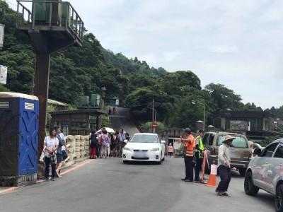 竹子湖繡球花季週末登場 陽明山假日交管