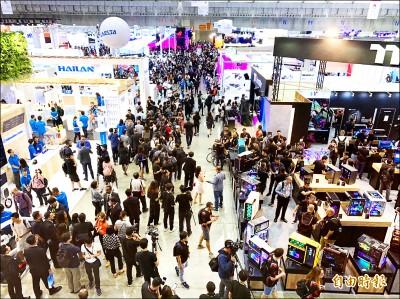 蔡總統︰科技巨擘布局台灣 資通訊引擎更強大