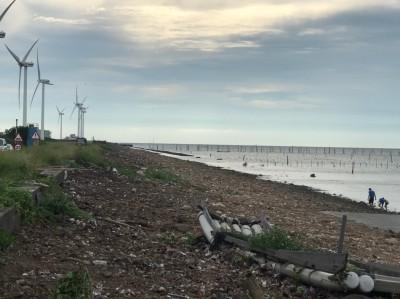 海景變水噹噹! 彰濱海岸線7天清完650噸垃圾