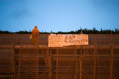 要求撤惡法 百萬港民下午再上街、晚上悼念烈士